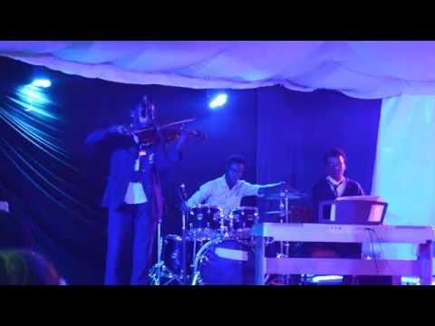 Wangechi Mwaura & Ethan Murenga perform Danse macabre