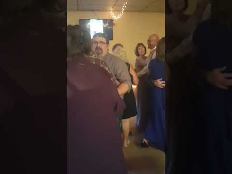 Vanessa and Tom dancing at the wedding at Pennsylvania
