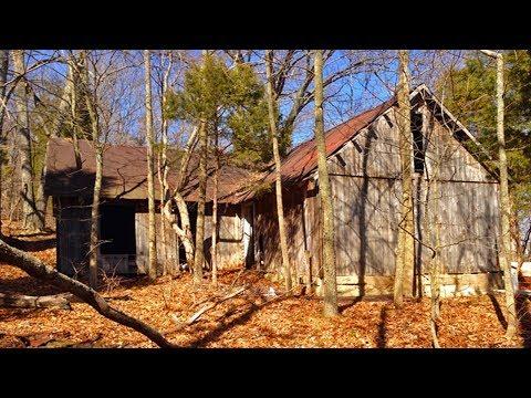 Abandoned Home By Lake Monroe, Near Bloomington Indiana.