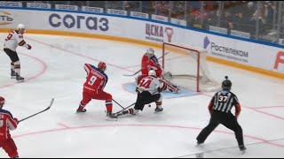 Johansson rejects Semenov off his skate with pad