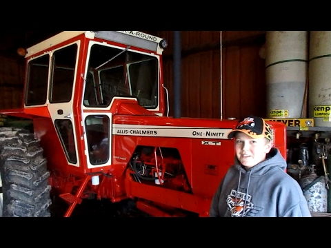 Iowa Family Loves John Deere Tractors But Youngest Son Loves Allis Chalmers