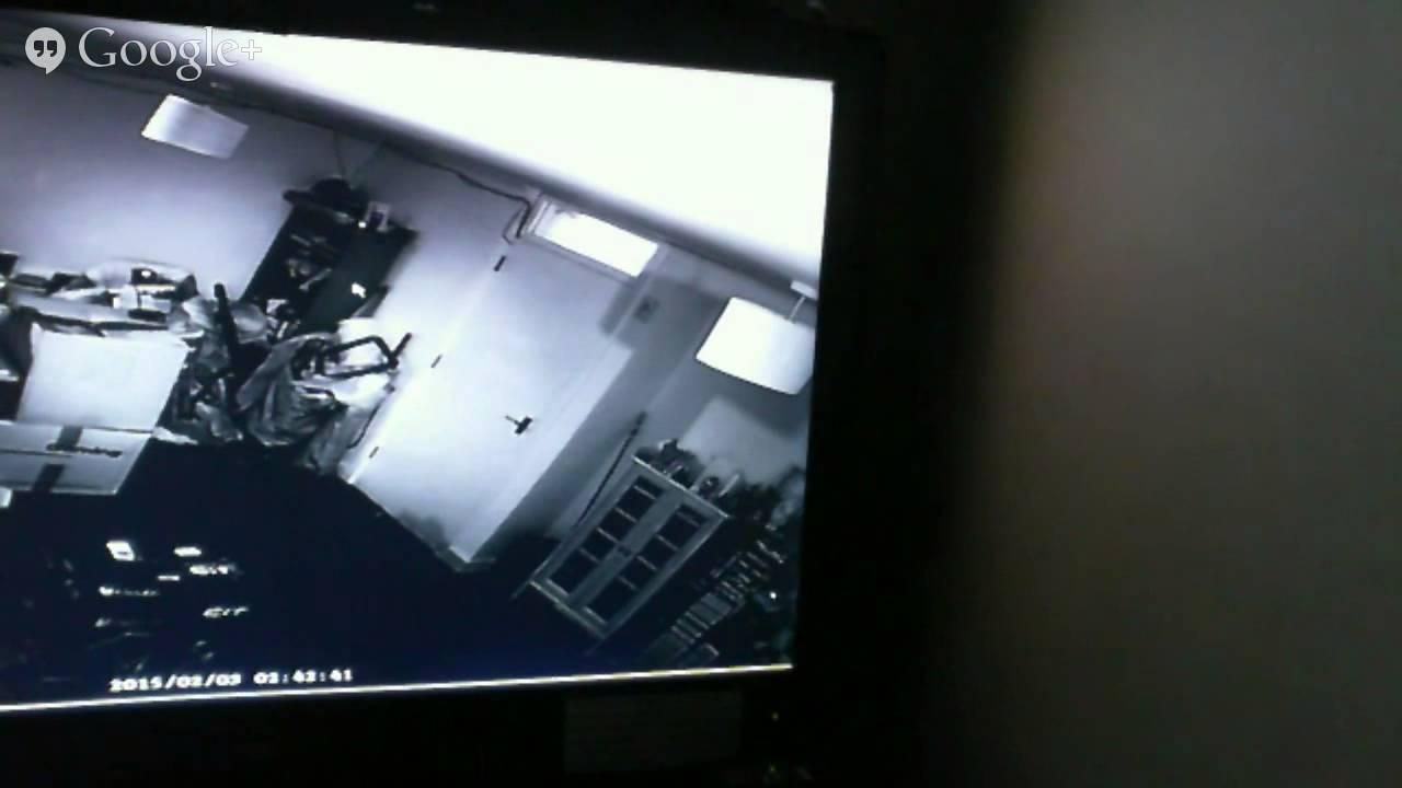 Live cam rooms