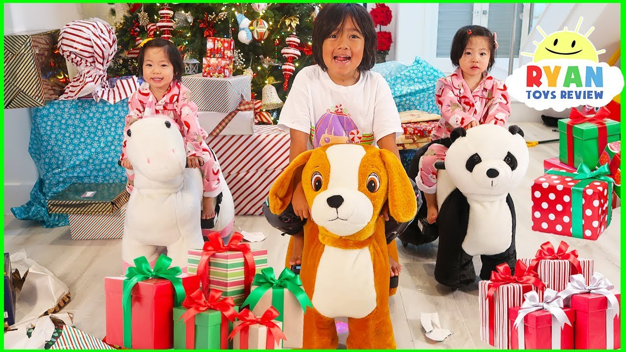Christmas Morning Opening Presents 2018 Surprise Toys with Ryan ToysReview!