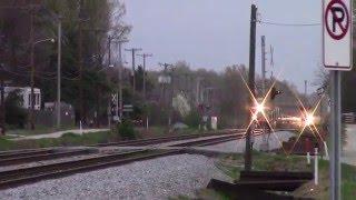 Killer Train Race & Horn Salutes Rare for Down Town Wilson CSX L141-19 & L033-19 GEVOs & AC60CW