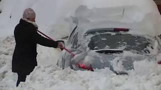 Heftiger Wintereinbruch: Hunderte Autofahrer stecken in Spanien im Schnee fest