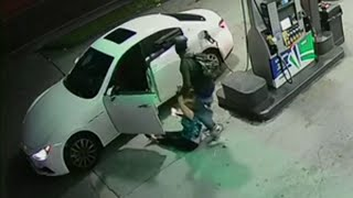 Video shows woman pulled out of car during Miami carjacking