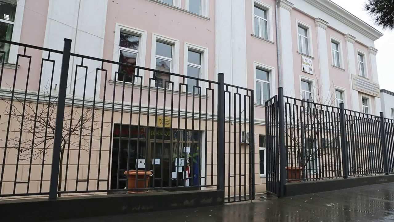 თბილისში მოსწავლეებს შორის ჩხუბი მოხდა - როგორია მოსწავლის მდგომარეობა?