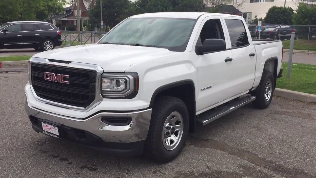 2017 GMC Sierra 1500 4WD Crew Cab Running Boards White Oshawa ON     2017 GMC Sierra 1500 4WD Crew Cab Running Boards White Oshawa ON Stock   171552
