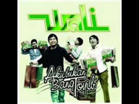 Wali Band   Nenekku Pahlawanku Populer 2012   YouTube