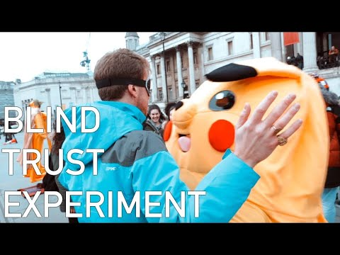 FREE HUGS! Blind Trust Experiment in London PT.2
