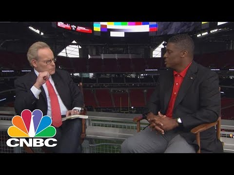 Former NFL Star Warrick Dunn On Giving Back And The Future Of Football | CNBC