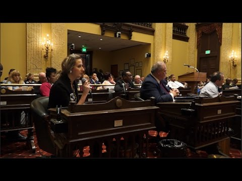 Business Lobby Fails to Sway City Council As $15 Min. Wage Measure Advances