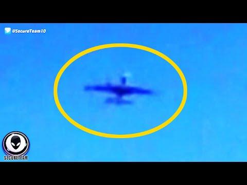 """FAKE Alien """"Plane"""" Vanishes In Front Of Multiple Witnesses! 11/23/2015"""