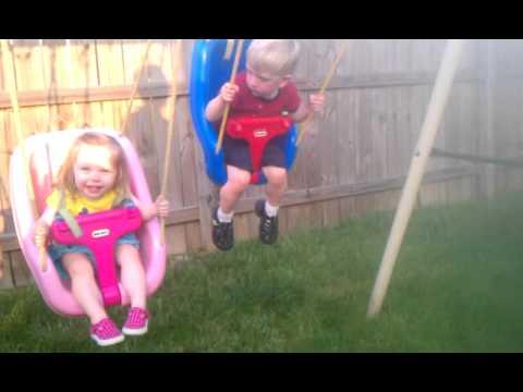 Little Tikes 2 In 1 Snug N Secure Swing Smotret Video