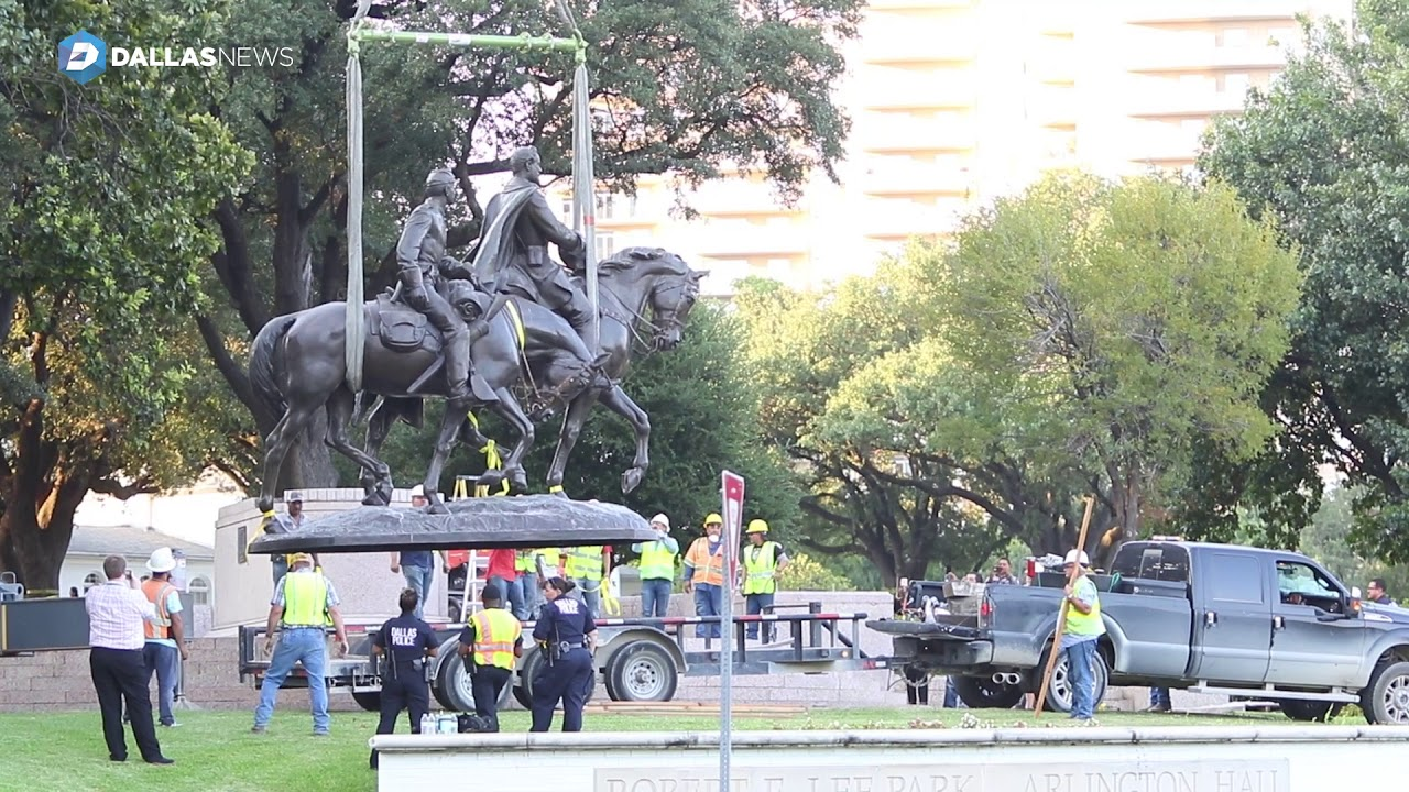 Robert E. Lee Statue in Dallas Removed From Park