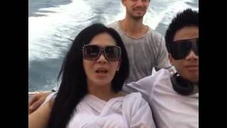 Syahrini Bikin Video Klip Di Private Island