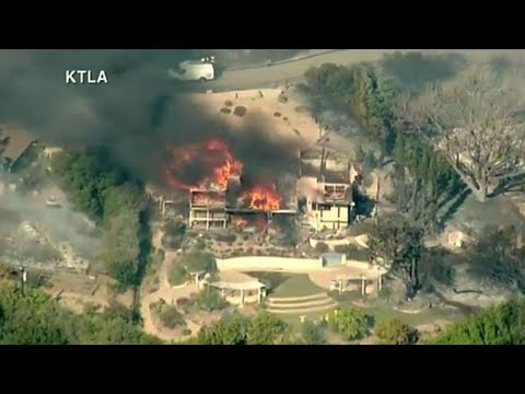 LIVE: Aerials - Thomas Fire burning in Ventura County