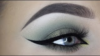 Olive shimmery eyelook - MAKEUPBYAN
