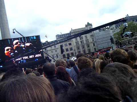 Hey Jude T-Mobile ad, Karaoke @Trafalgar Square