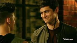 Malec - This Feeling - The Chainsmokers ft Kelsea Ballerini - Magnus Bane and Alec Lightwood