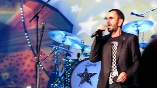 Ringo Starr and His All Star Band, Photograph, 12-6-2011.AVI