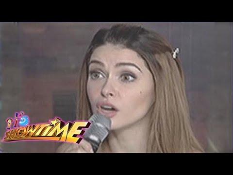 It's Showtime Ansabe: Daiana Menezes