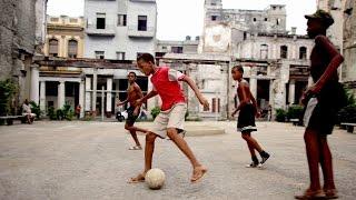 Футбол учит кубинских детей дружбе и ответственности (новости)