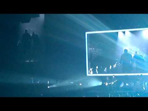 Bryan Adams  - Run To You  - Edmonton 01 17 2015