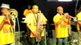Abinet Agonafir   Ayawikunem   Official Video   New Ethiopian Music 2016 fjpOYKLclXU