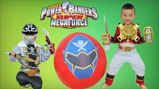 Power Rangers Super Megaforce Giant Surprise Toys Egg Opening With Red Ranger-Silver Ranger Ckn Toys thumbnail