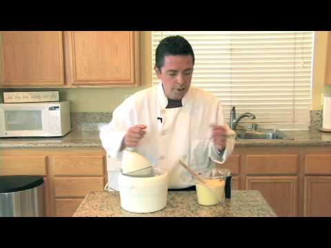 How To Make French Vanilla Ice Cream - NoTimeToCook.com