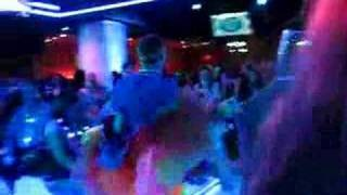 Ian Bernardo dancing at the American Idol finale after party