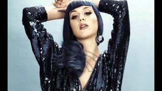 Katy Perry - ET Kiss me