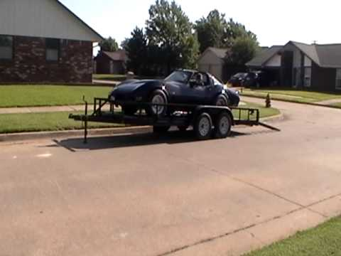 Unloading the Vette  How to load unload a car on a utility trailer with short ramps