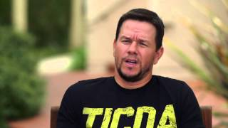 Entourage: Producer Mark Wahlberg Behind the Scenes Movie Interview