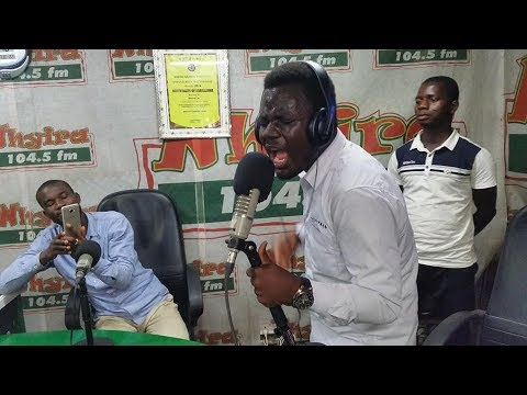 Watch this,Anointed Worshiper, Paul Jnr on F!re @ Nhyira 104 5 FM  Worship With Somiso