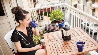 Coffee Break in Tel Aviv
