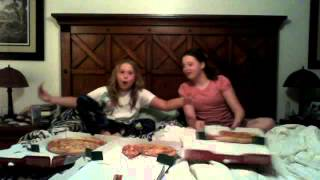 Dakota+lexie: Pizza/ Jalapeno Challenge: Papa Johns Yummy
