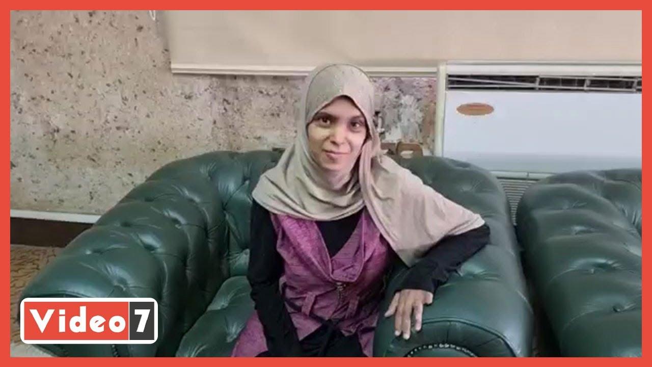 صورة فيديو : سيدة الساطور.. متجوزوش بناتكم لواحد متجوز حتى لو عنست