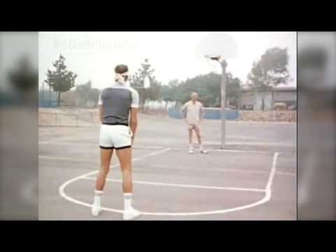 Rick Barry swishes underhand 20 footer - blindfolded