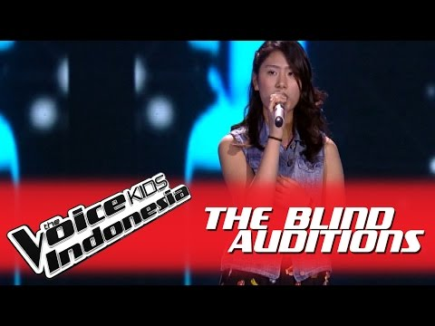 "Stephanie ""Jar of Hearts"" I The Blind Auditions I The Voice Kids Indonesia 2016"