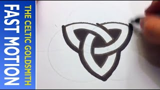 How to Draw Celtic Patterns 157 - Perfect Trinskele (Fast Motion 2)