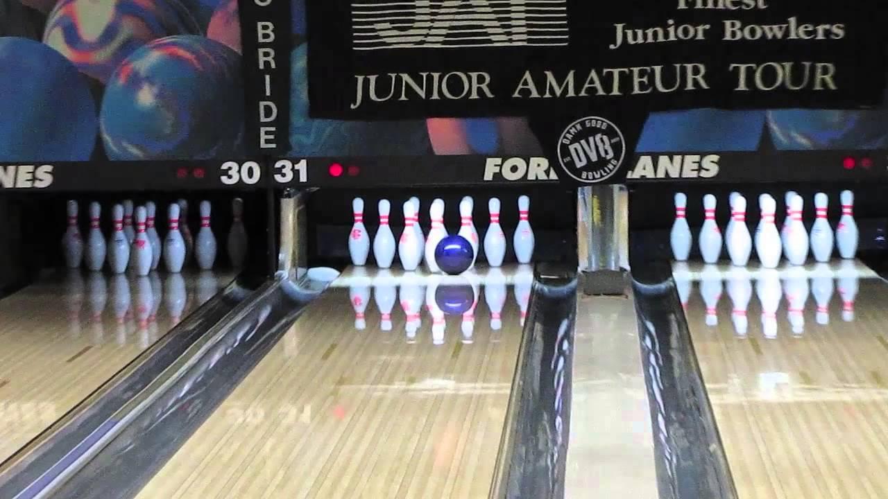 Junior amateur tour bowling tournament