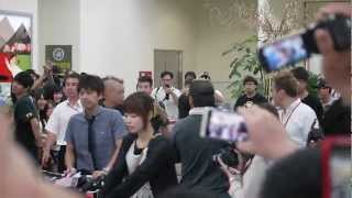 AKB48的北原里英(きたりえ)從松山機場抵台,來台灣舉辦握手會.