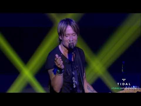 Keith Urban - Raise 'Em Up (Live)