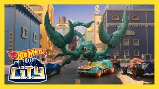SCORPION STRIKE! | Hot Wheels City: Season 2 | Episode 1