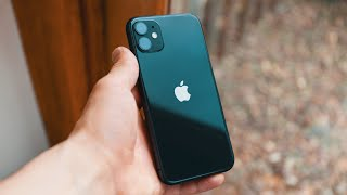 5 Reasons you SHOULD buy the iPhone 11 in 2021!