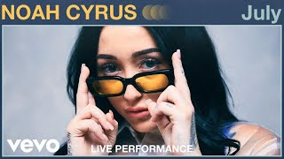 "Noah Cyrus - ""July"" Live Performance 