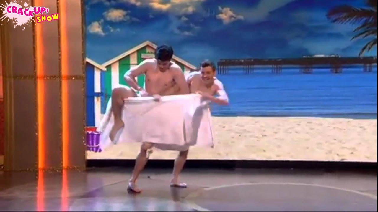 Hombres gay desnudos bailando