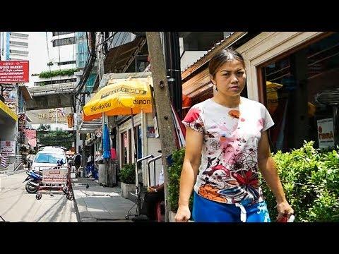 Sukhumvit Walk in the Daytime - Bangkok, Thailand 2017